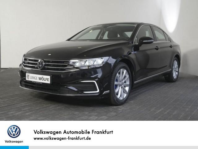 Volkswagen Passat 1.4 TSI GTE Navi TravelAssist SideAssist PASSAT Li 1.4GTE P 115 TSID6F, Jahr 2020, Hybrid