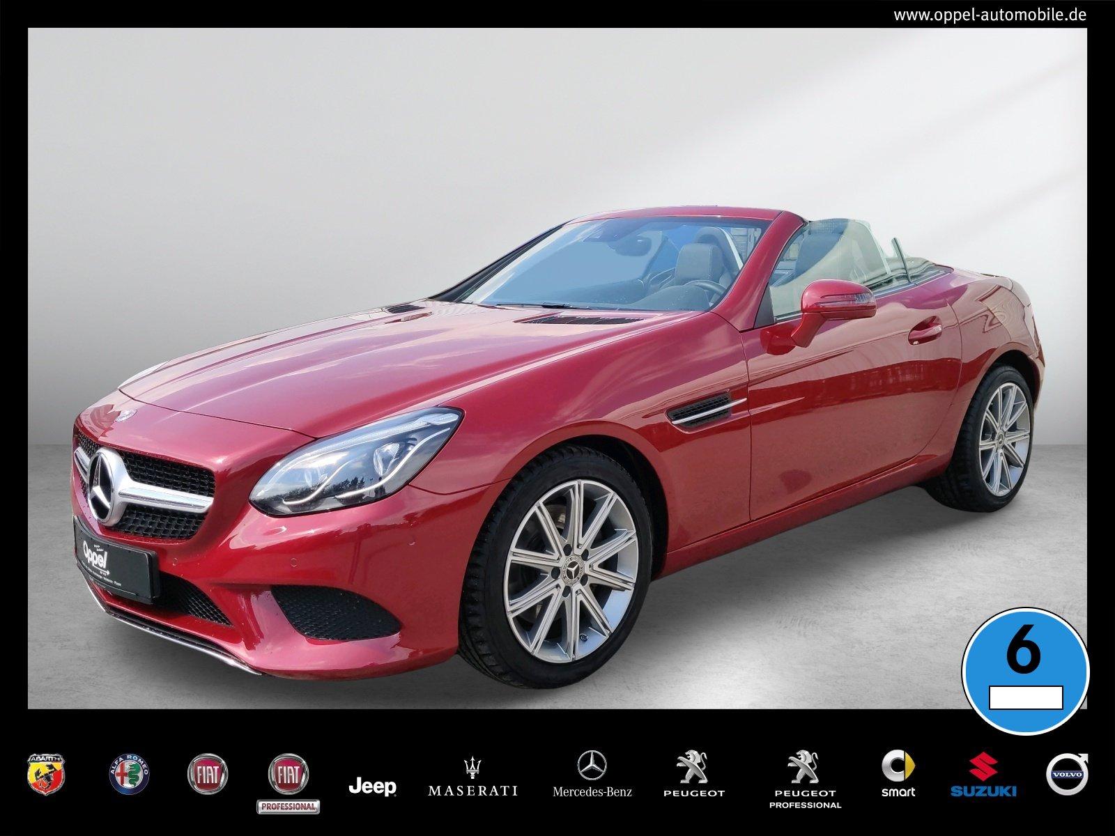 Mercedes-Benz SLC 300 +COMAND+PANORAMA+LED+R-KAMERA+AIRSCARF+, Jahr 2019, Benzin