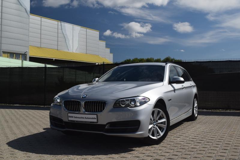 BMW 528i Aut. Komfortsitze Navi PDC HiFi Kurvenlicht, Jahr 2016, petrol