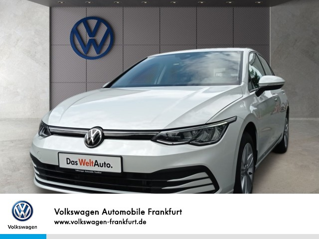Volkswagen Golf VIII 1.0 TSI LIFE Winterpaket Climatronic, Jahr 2020, Benzin