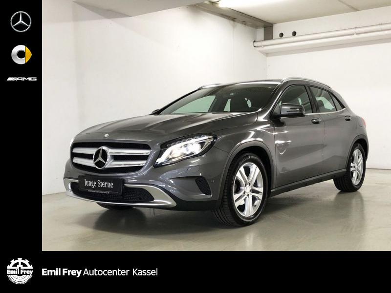 Mercedes-Benz GLA 200 Urban/Bi-Xenon/Park/Shz/nur 21.847 km, Jahr 2014, Benzin