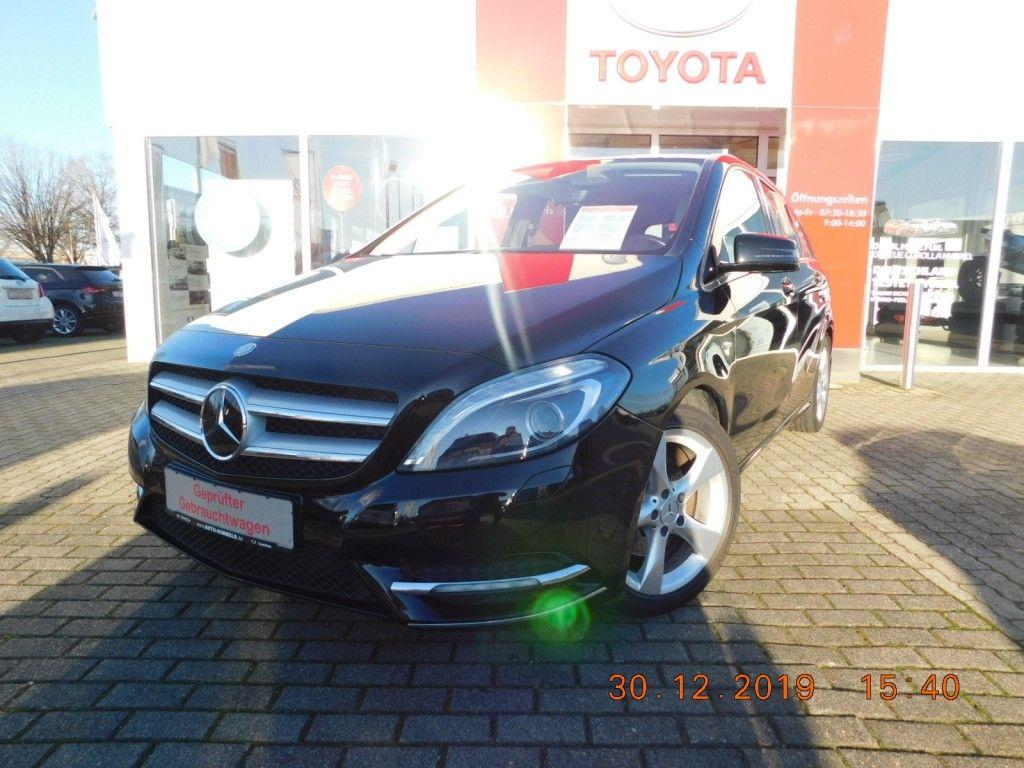 Mercedes-Benz B 200 BlueEFFICIENCY*Navi*Xenon*Sport-Paket*, Jahr 2012, petrol