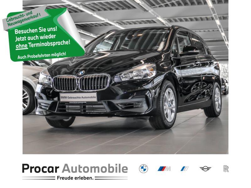 BMW 220i Active Tourer Advantage Navi Sportsitze PDC Shz, Jahr 2018, Benzin