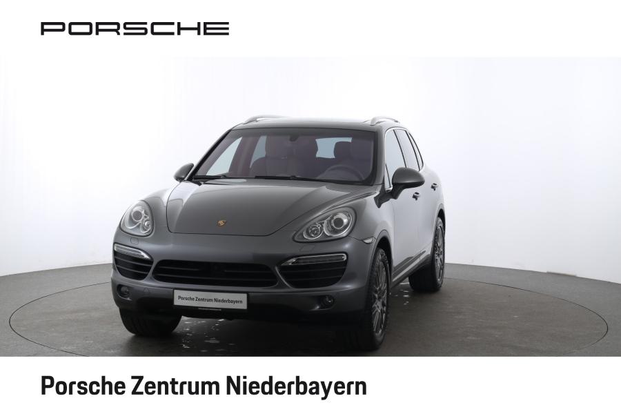Porsche Cayenne S   Abstandsregeltempostat   AHK  , Jahr 2012, Benzin