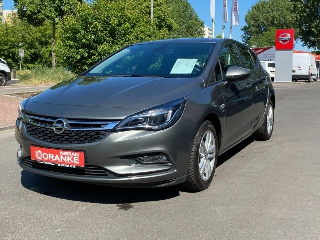 Opel Astra K 1.4 Turbo 120 Jahre Allwetter+Navi+SH, Jahr 2018, Benzin