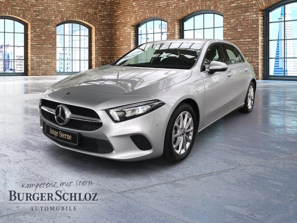 Mercedes-Benz A 220 Kompaktlimousine Style/LED/MBUX/PDC/Kamera, Jahr 2019, Benzin