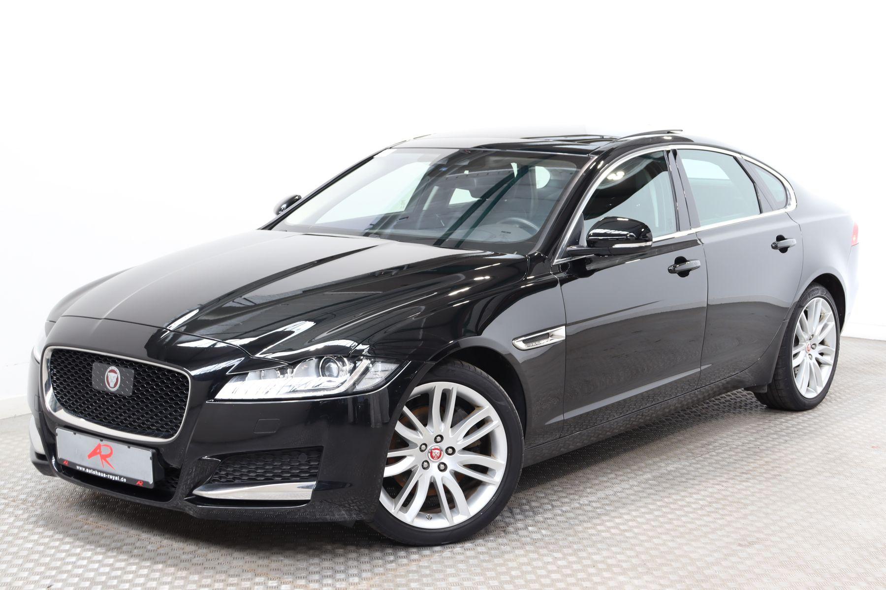 Jaguar XF 2.0 d HEADUP,PANO,ACC,TOTWINKEL,MEMORY,KAMERA, Jahr 2016, Diesel