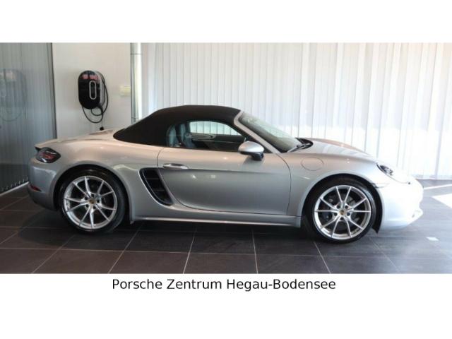 Porsche Boxster 718 PDK 20 Zoll Volllederausst., Jahr 2017, Benzin