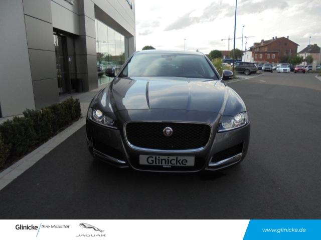 Jaguar XF 20 D Prestige Xenon Navi Leder Kamera Toterwinkel, Jahr 2016, Diesel