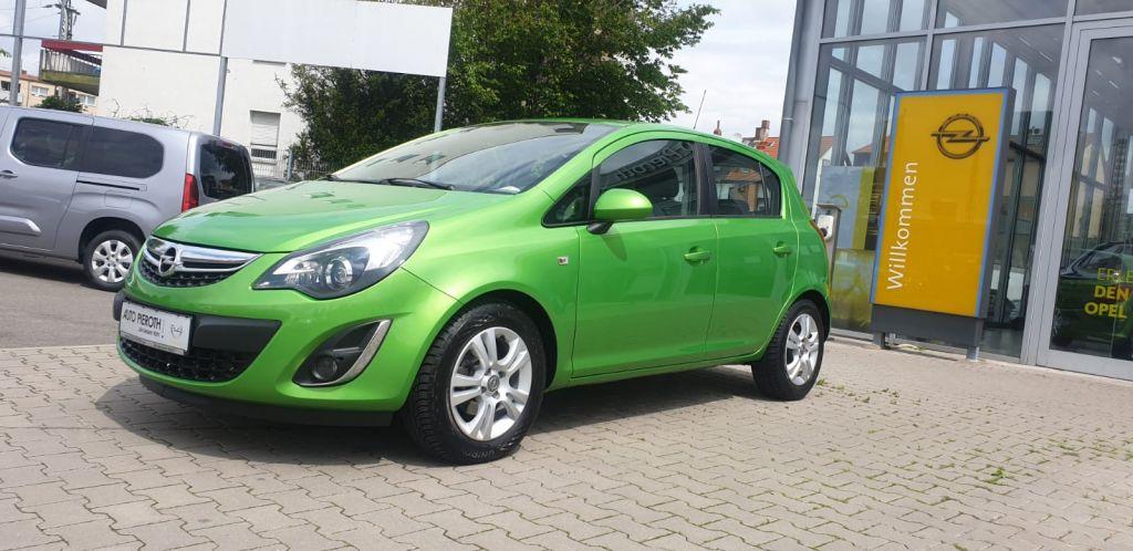 Opel Corsa 1.4 16V Innovation, Jahr 2014, Benzin