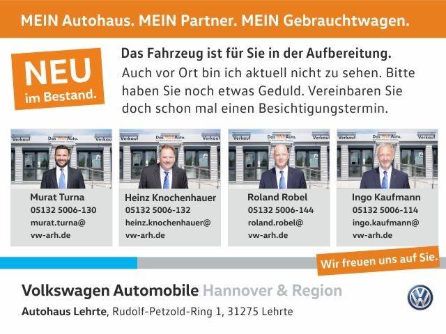 Volkswagen Polo 1.0 Lounge Climatronic Panodach PDC Sitzheizung, Jahr 2015, Benzin