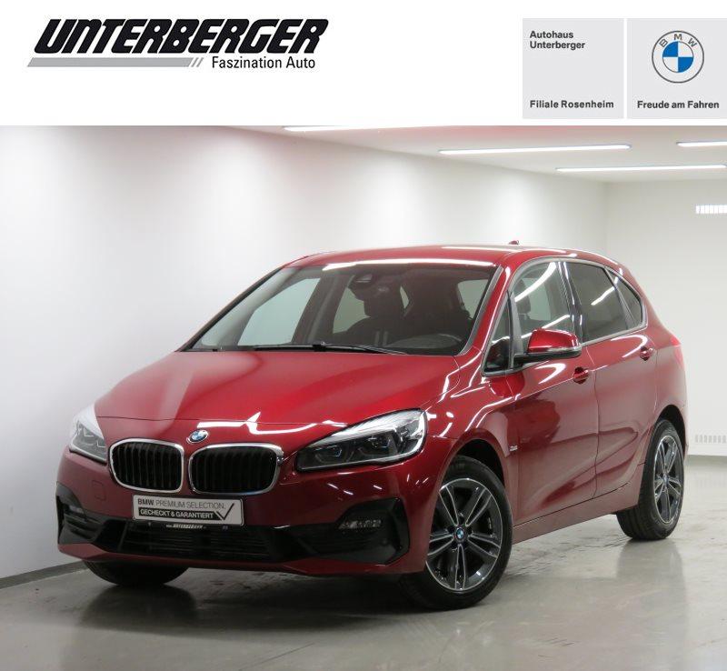 BMW 225i xDrive Active Tourer Sport Line HiFi LED, Jahr 2018, Benzin