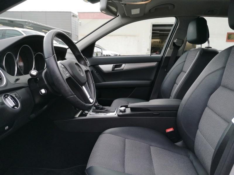Mercedes-Benz C 180 T Navi Tempomat Klimaautomatik, Jahr 2013, Benzin