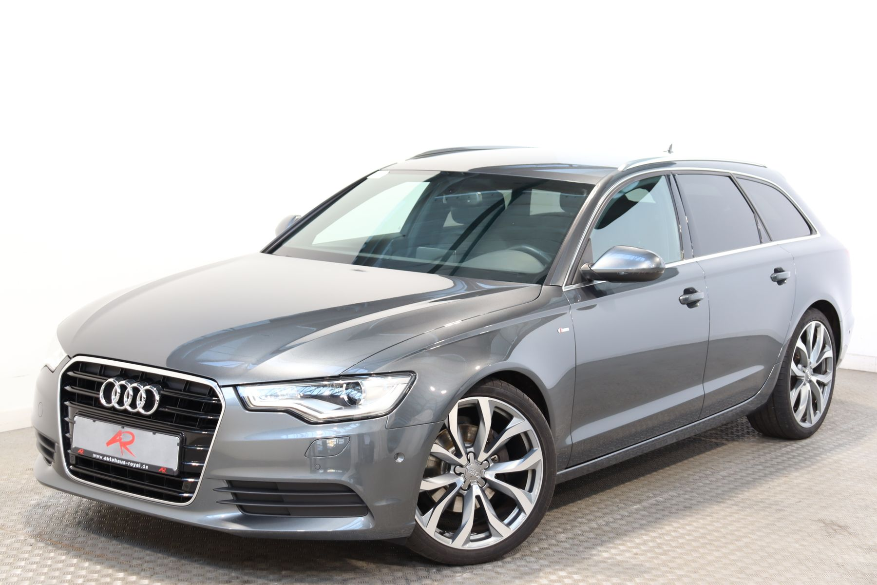 Audi A6 Avant 2.0 TDI S LINE PARKASSIST,STANDHEIZ,20Z, Jahr 2014, Diesel