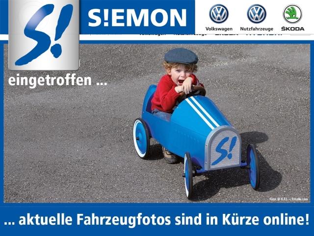 Volkswagen Touran Match 1.6 TDI Navi Kurvenlicht Multif.Lenkrad RDC Klimaautom SHZ Temp PDC, Jahr 2013, Diesel