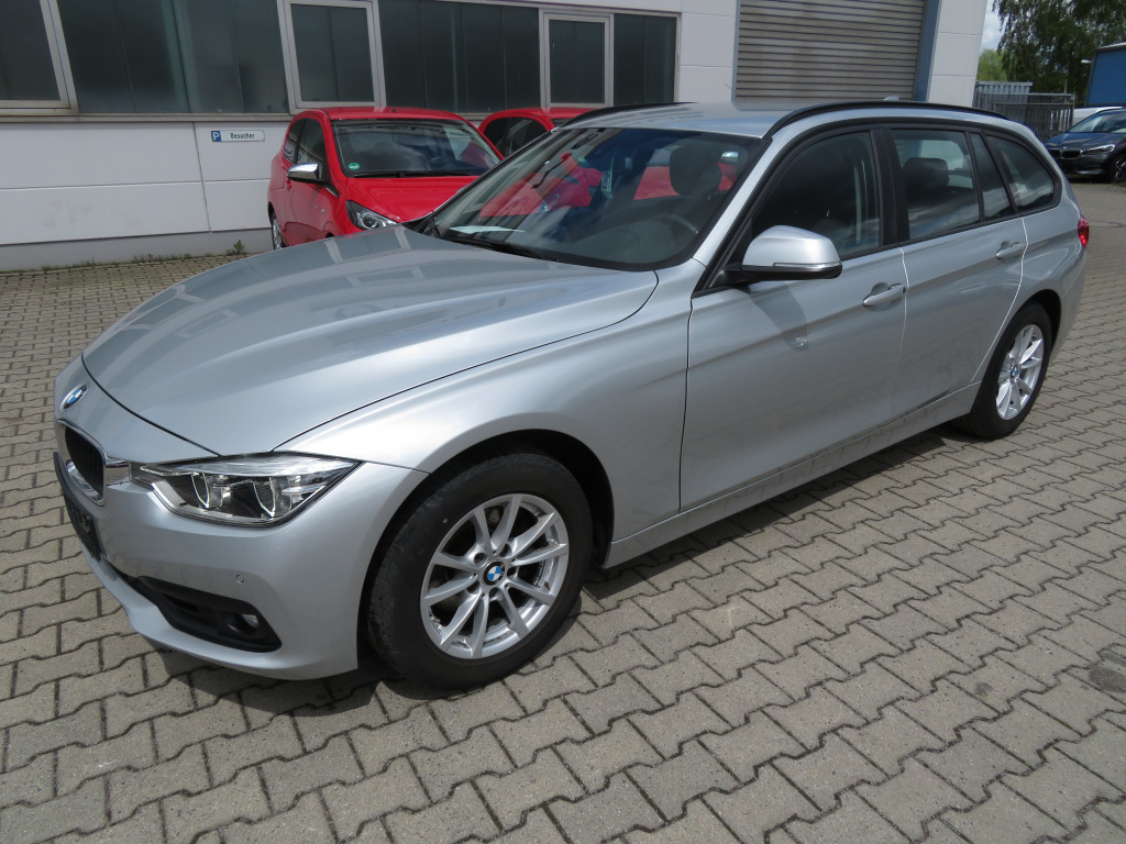 BMW 318 d Touring*Navi*PDC*AHK*LED*Sitzheizung*, Jahr 2018, Diesel