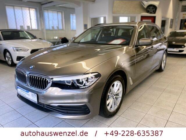 BMW 520 d touring 6-Gang NAVI LED AHK SITZHEIZUNG .., Jahr 2017, Diesel