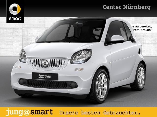 smart fortwo coupé 52kW passion cool&Media SHZ Pano, Jahr 2017, Benzin