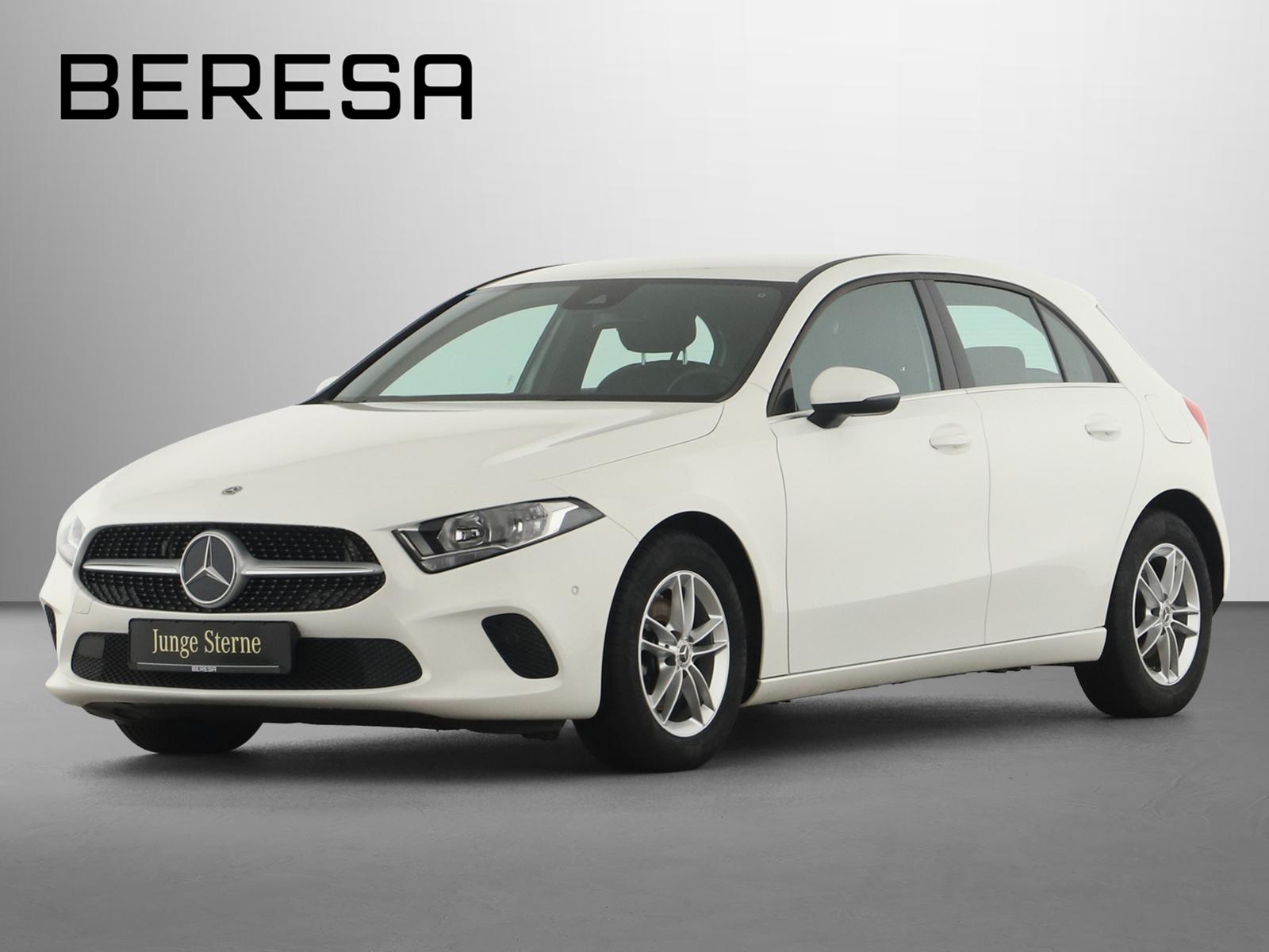 Mercedes-Benz A 180 d Style PDC, Jahr 2018, Diesel