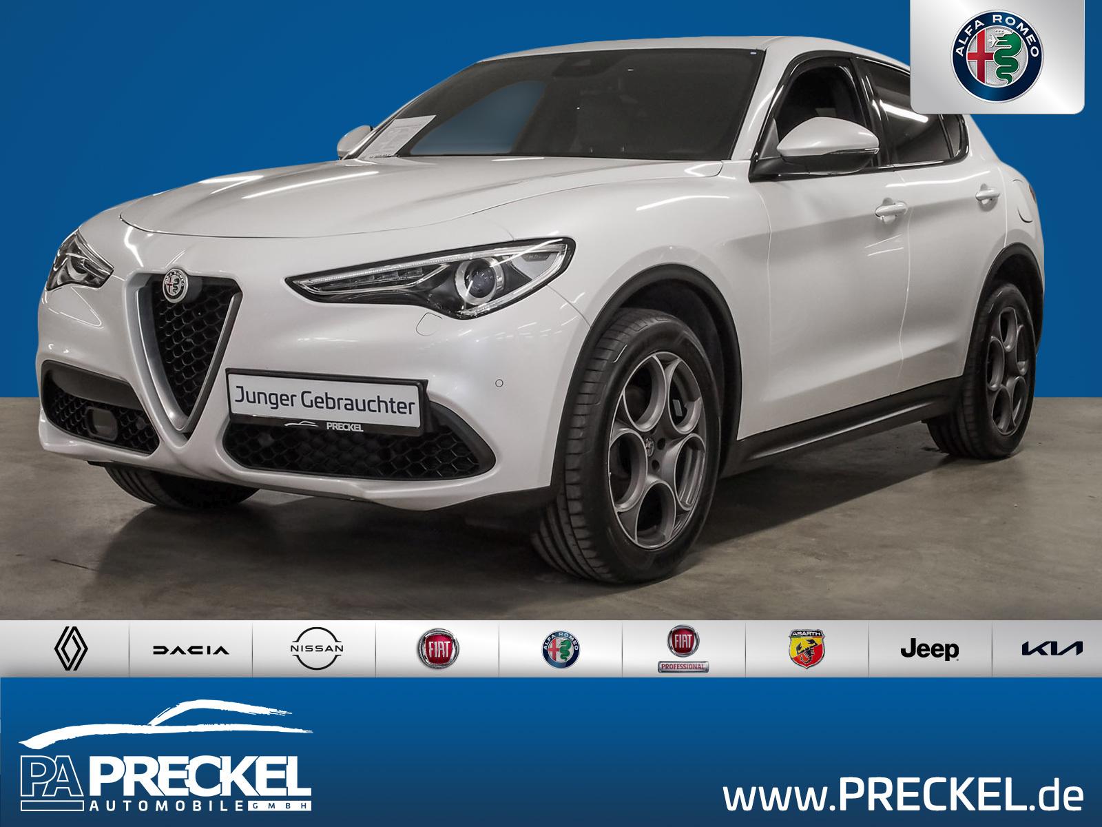 Alfa Romeo Stelvio Super 2.0 Turbo 16V / Veloce/Xenon/Navi, Jahr 2017, Benzin