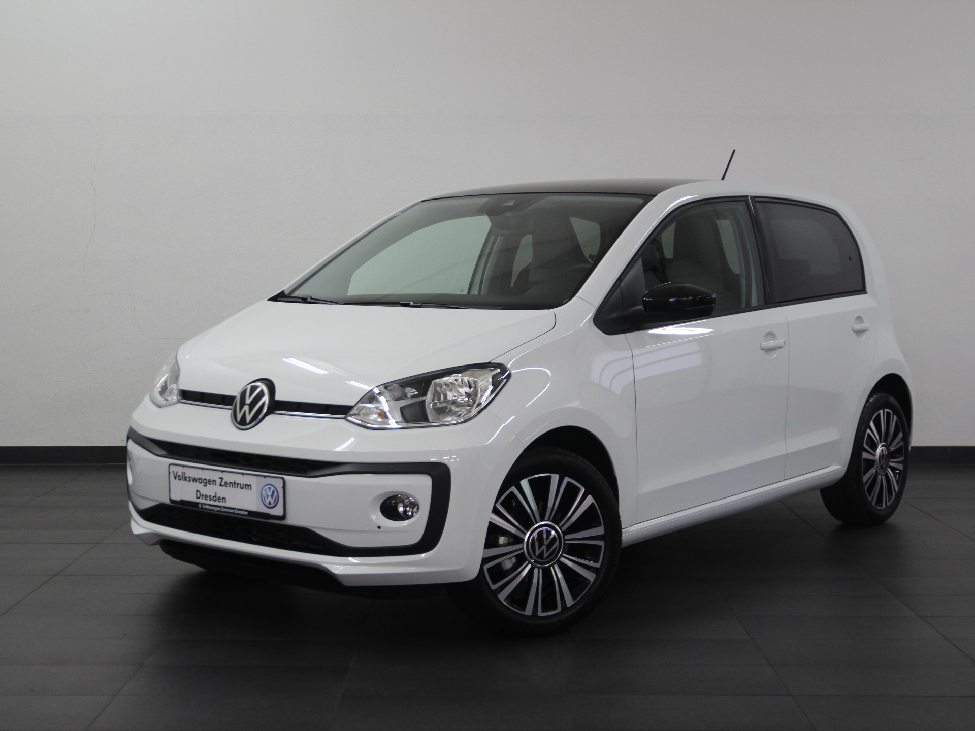Volkswagen up! Black Style KLIMA SHZ PDC, Jahr 2020, Benzin