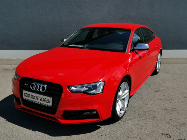 Audi S5 Sportback 3.0 TFSI quattro Navi Keyless AD Dyn. Kurvenlicht e-Sitze Rückfahrkam. Allrad, Jahr 2015, Benzin