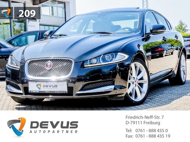 Jaguar XF 3.0 Diesel D Bi-Xenon Navi Kamera Klimaauto, Jahr 2015, diesel