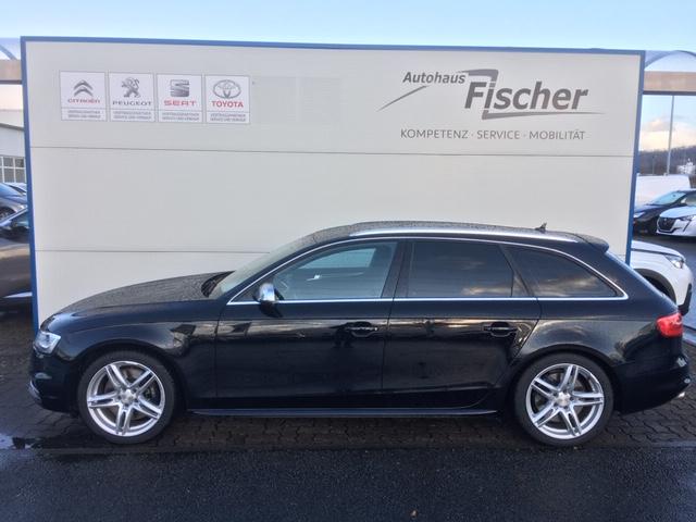 Audi S4 Avant S tronic, Jahr 2012, Benzin
