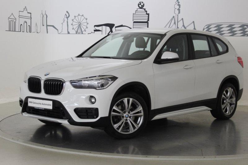 BMW X1 xDrive20d Sport Line Navi HiFi Parkassist EURO 6, Jahr 2017, Diesel
